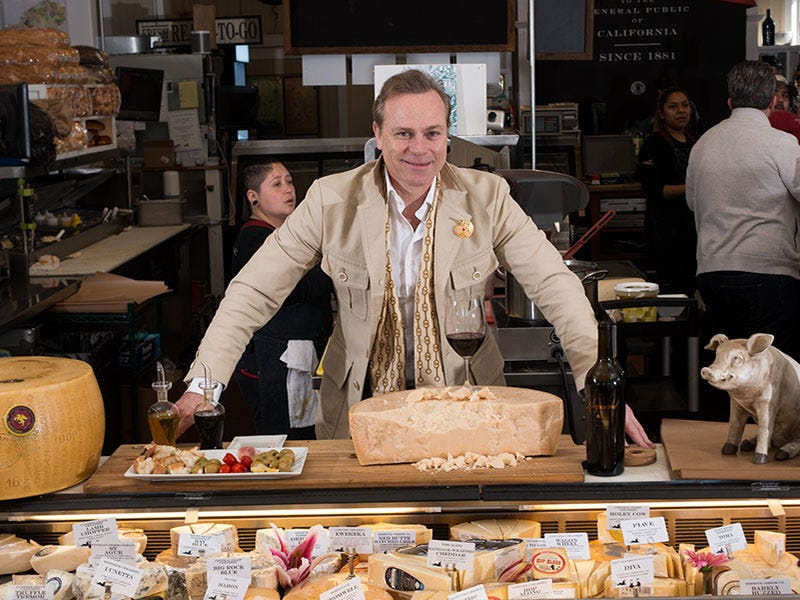 Jean-Charles Boisset visiting the Oakville Grocery
